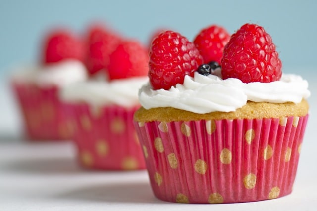 Patriotic Vegan Cupcakes provide an exposion of flavor just in time for Fourth of July!