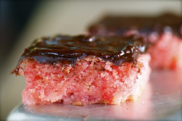 Vegan strawberry crumb cake with chocolate icing
