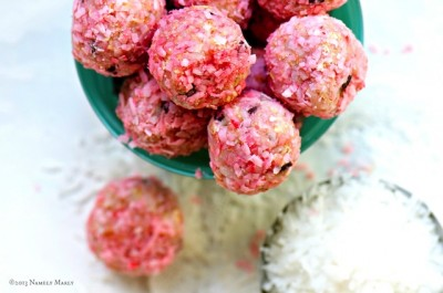 Raspberry No-Bake Cookies