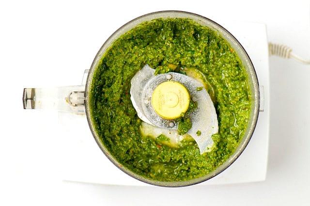Pecan Spinach Basil Pesto