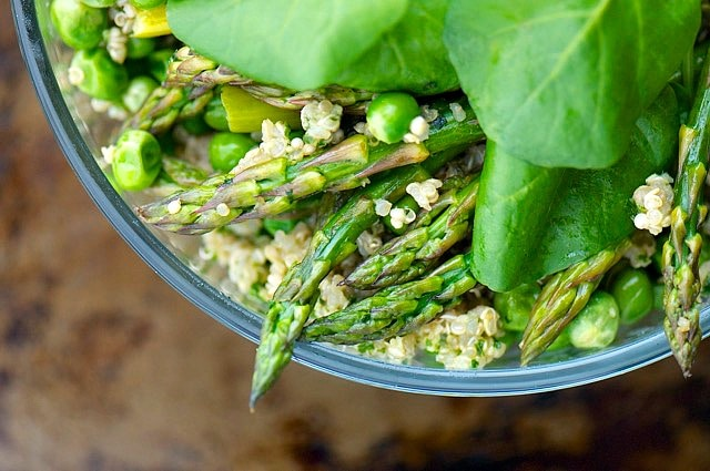 Pesto and Quinoa Veggie Bowls