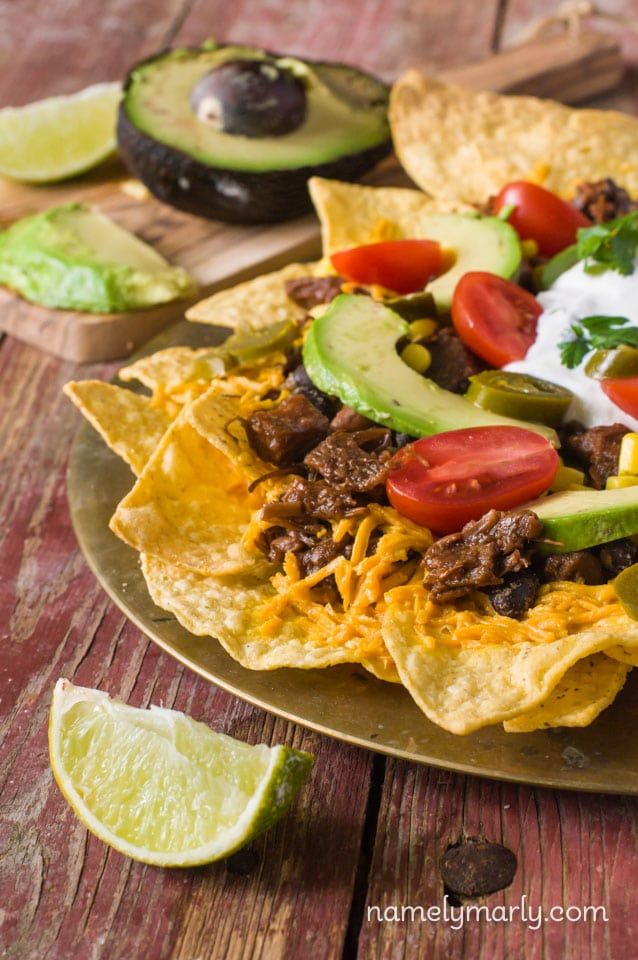 Vegan Loaded Nachos - try these flavorful and easy vegan nachos any night (or day) of the week!
