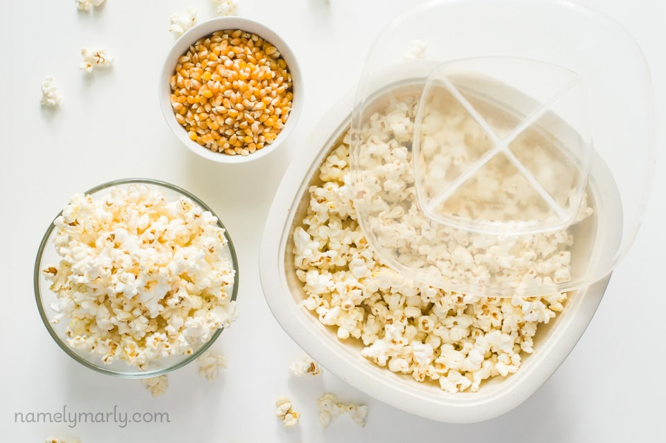 Our very favorite DIY microwave popcorn maker