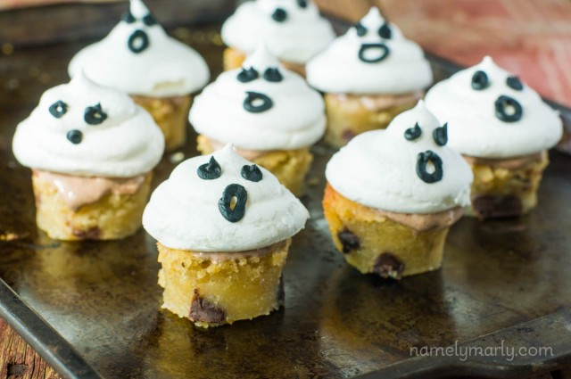Vegan Meringue Ghost Blondie Bites