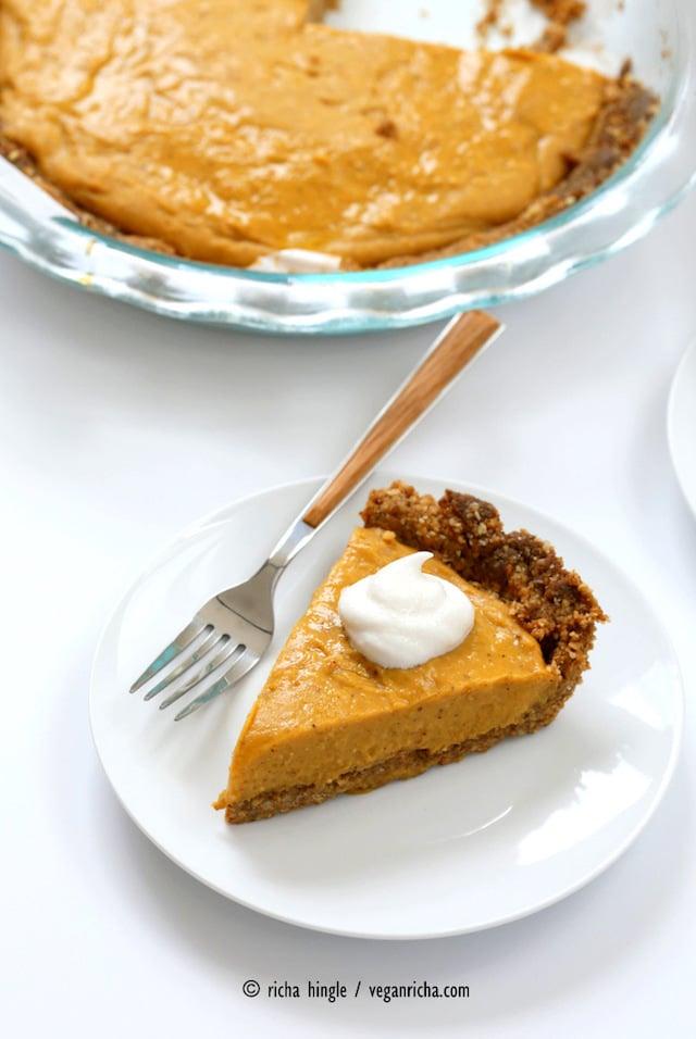 vegan pumpkin pie gingerbread crust