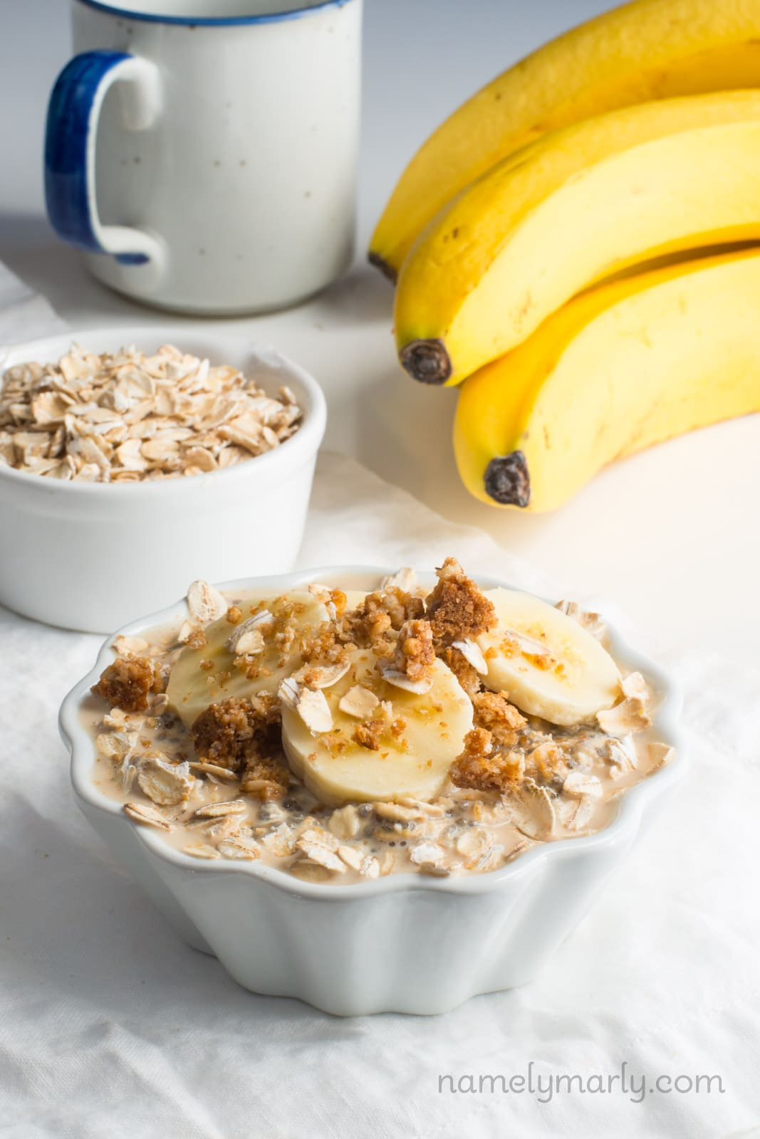 Get your day started out right with these Vegan Peanut Butter Overnight Oats. It's the perfect healthy breakfast for busy weekday mornings. Simply make them the night before and wake up to the best breakfast ever!