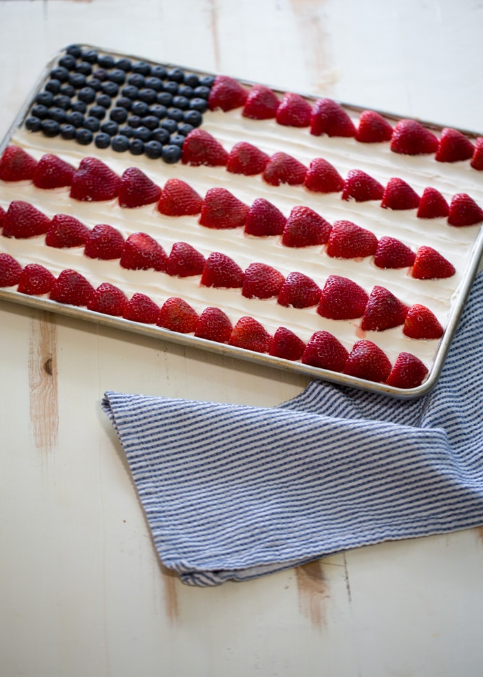 This American Flag Sheet Cake is perfect for our Shout-worthy Vegan Sheetcake post!