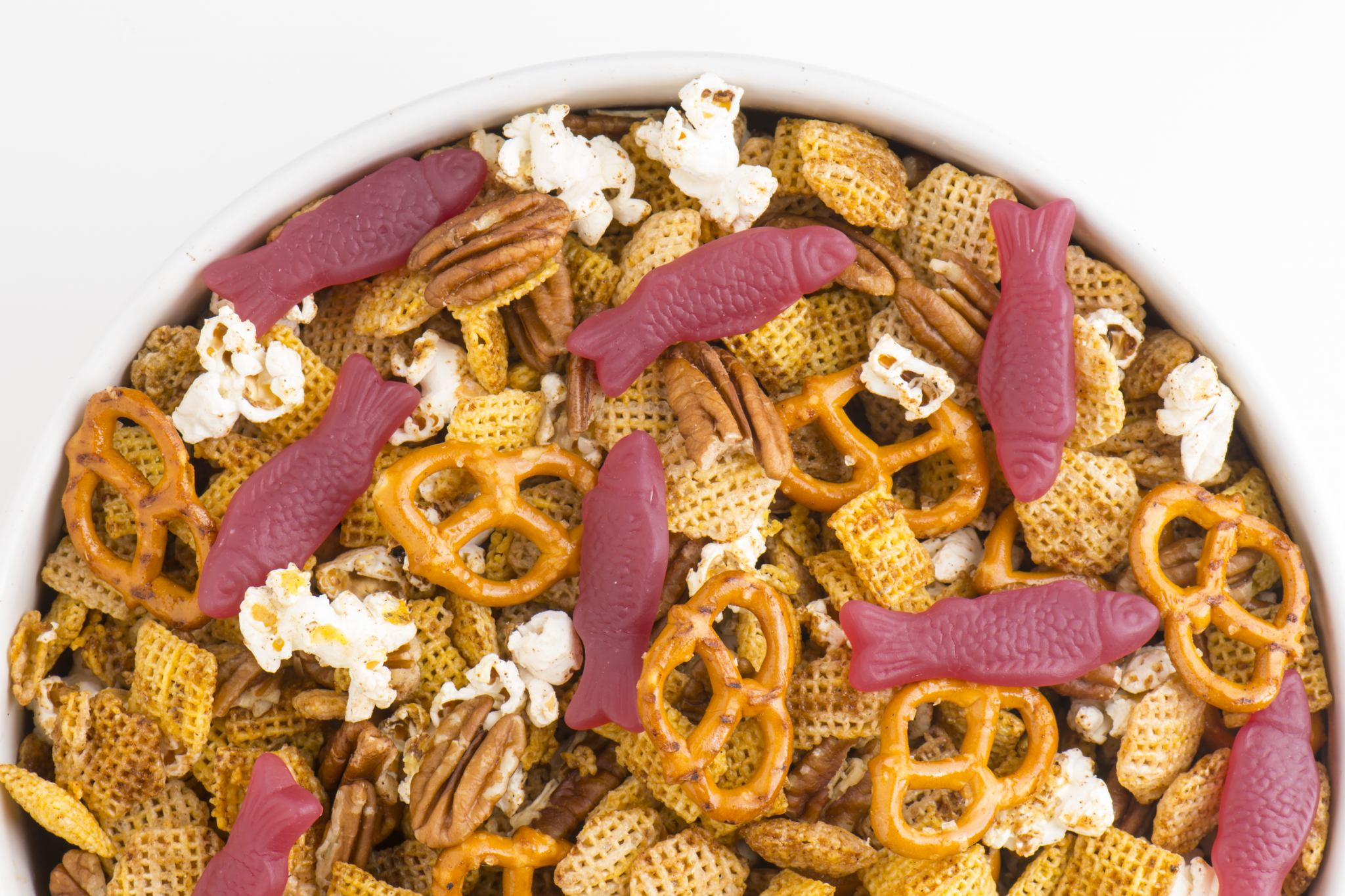 Turn your traditional snack mix on its ear with thisVegan Pumpkin Spice Snack Mix, made with your favorite chex cereal, pretzels, pecans, pumpkin pie spices, and delicious, organic Wholesome Candies!